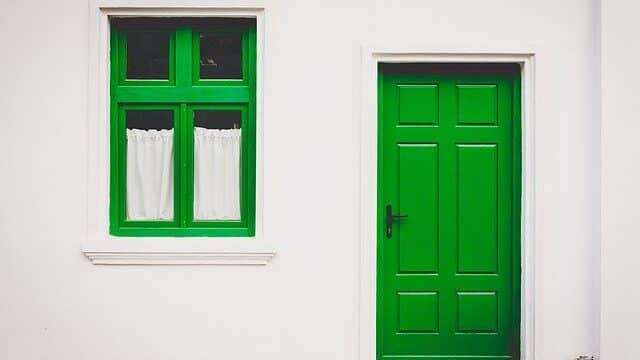 pintura puertas de madera